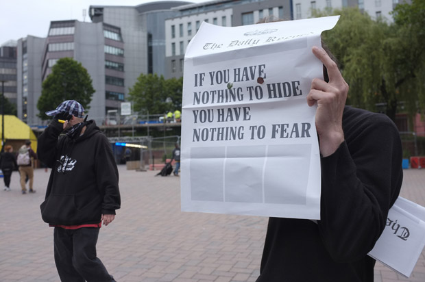 Daily Record (performance): photo: Roser Diaz for Art in Bearpit